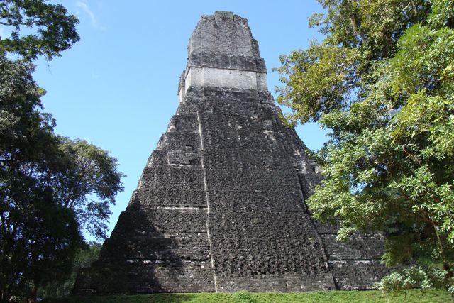 Tikal_temple