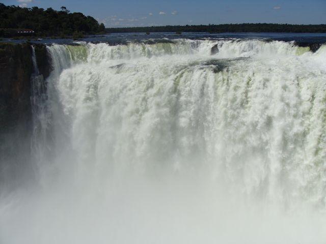 Iguazu_falls_3_2