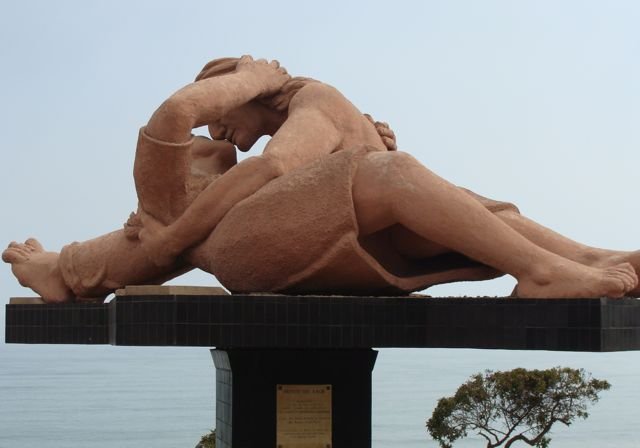 Lovers_embrace_2